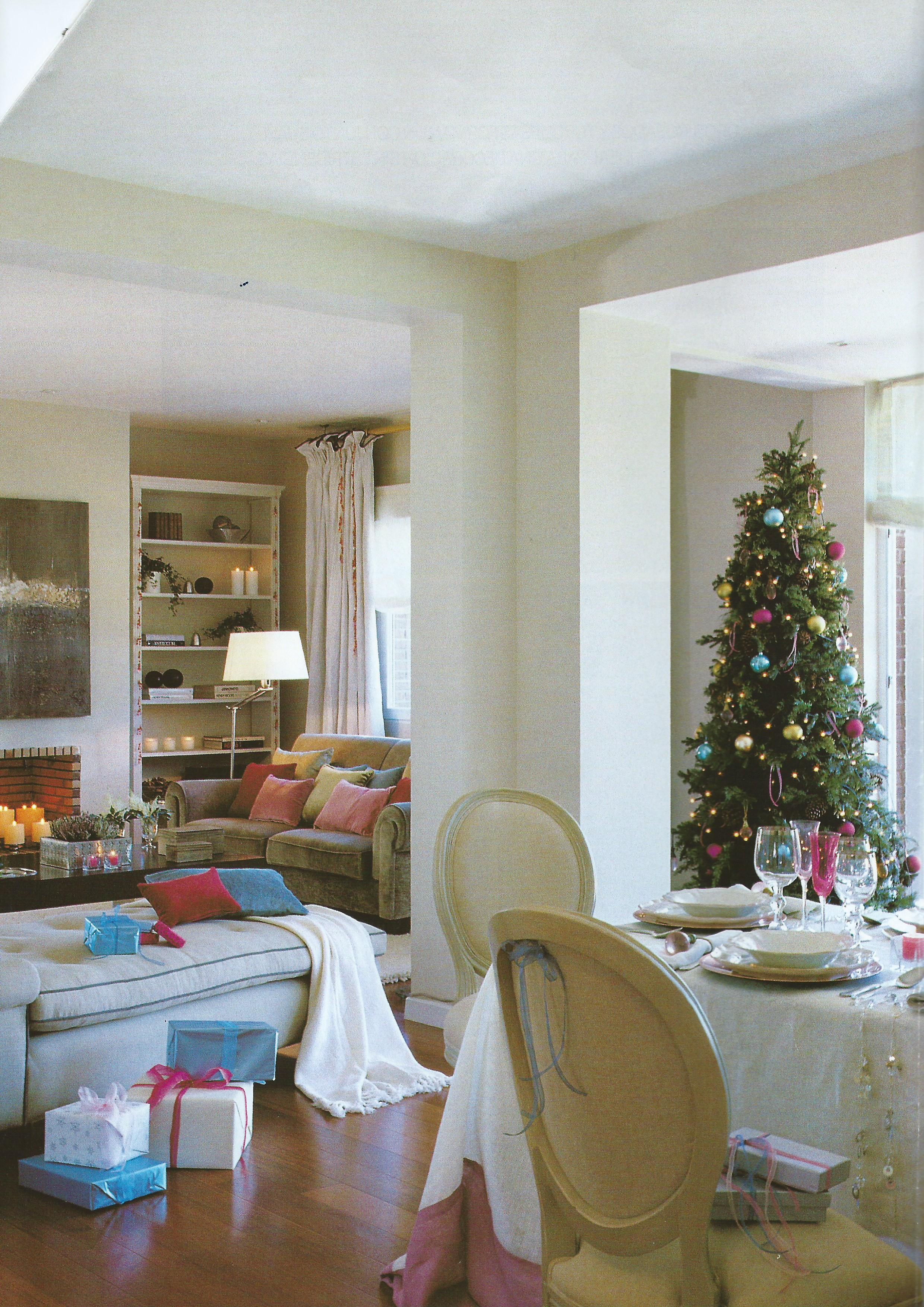 Salón decorado en Navidad por Libia Bárcenas